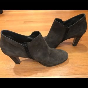 Paul Green grey suede ankle boots